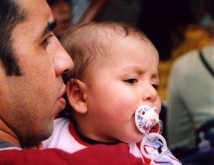 Atstovavimas vaiko interesams, tėvams išvykus dirbti ir gyventi į užsienį