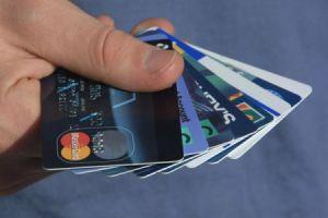 Kredito kortelė – sužinok, ar tau ji naudinga!