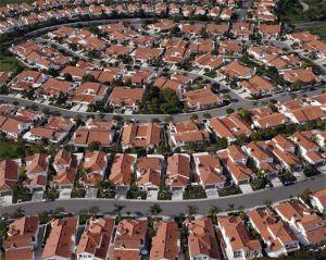 Gyvenimas mieste ar priemiestyje?