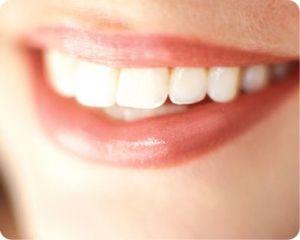 Kodėl burnoje būna blogas kvapas?