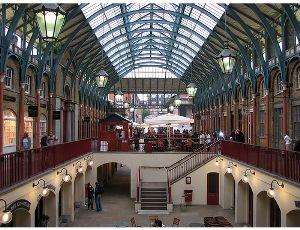 Londono traukos centras – vienuolių daržas (Covent Garden)