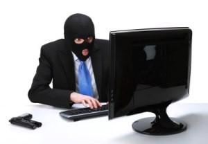 Kvalifikuoto darbo Anglijoje ieškančiųjų tyko interneto sukčiai