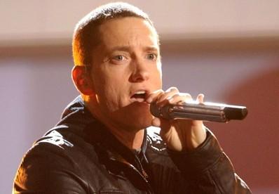 Londone po 13 metų pertraukos koncertuos Eminemas