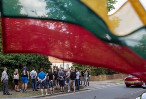 Nužudytam tautiečiui pagerbti – Londono lietuvių susirinkimas [foto]