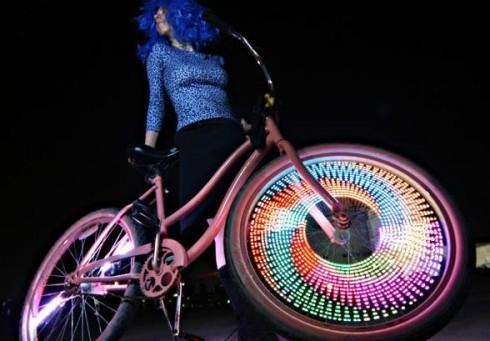 Disko muzika + pasivažinejimas dviračiais