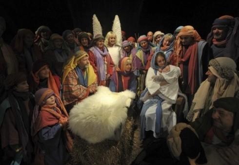 """Londono """"All Souls Church"""" bažnyčioje – Kristaus gimimo spektaklis"""