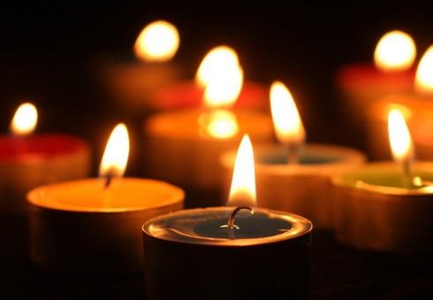Prašoma tautiečių paramos Š. Airijoje kūdikio netekusiai lietuvių šeimai