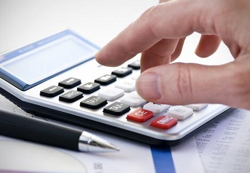 Mokesčių grąžinimas Anglijoje: privelsi klaidų, mokėsi baudas