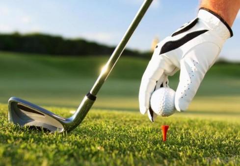 """Kviečiame į 8-ąjį kasmetį golfo turnyrą """"Ambasadoriaus taurė 2015"""""""