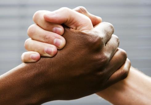 Prisijunkite prie peticijos ir užkirskite kelią rasizmui Londone