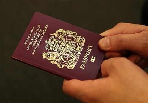 JK piliete tapusi lietuvė: netekti gimtosios pilietybės nėra malonu