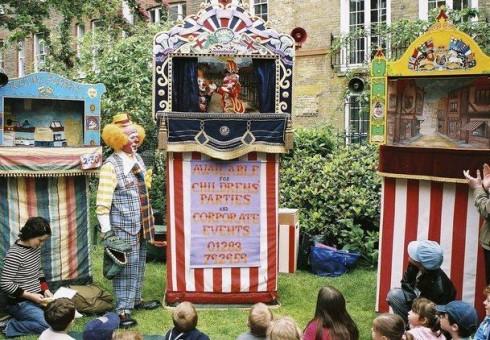 Skubėkite į nemokamą lėlių teatrą Londone