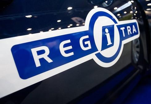 """""""Regitra"""" atsakė emigrantams-vairuotojams, susiduriantiems su biurokratija Lietuvoje"""