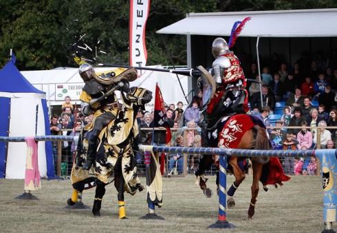 Wimbledono kaimo mugėje – viduramžių riteriai ir kitos pramogos