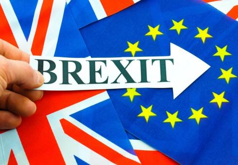 """""""Brexit"""" tapo realybe. Ką daryti lietuviams?"""