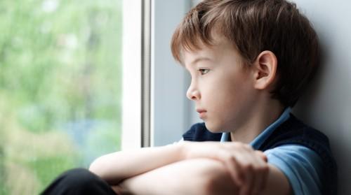 Lietuvių vaikai užsienyje: su kokiais iššūkiais susiduria ir kaip jiems padėti?
