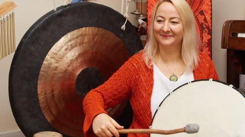 """Anglijos lietuviai kviečiami į ypatingas Advento """"Gongų maudynes"""""""