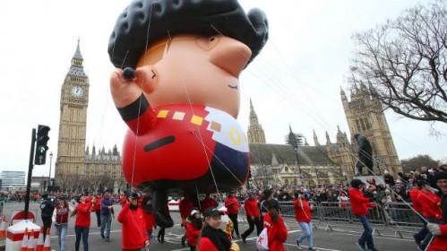 Nepraleiskite Naujų metų parado, sudrebinsiančio centrinį Londoną