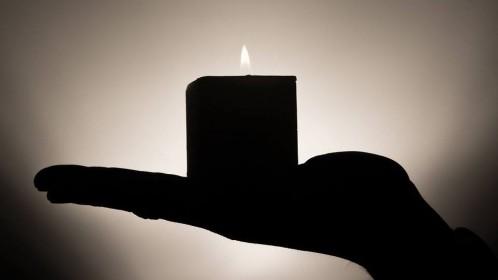 Vilties savaitgalis Britanijoje: žvakė už kiekvieną mūsų vaiką