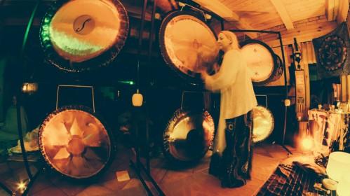Vakarų Sussexe – Sapnų gaudyklių dirbtuvės ir gongų maudynės