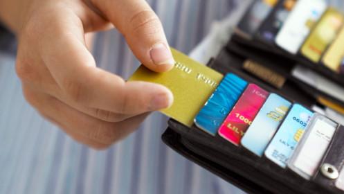 """Skaitytoja klausia: Ar įmanoma susigrąžinti nuo """"OnePay"""" banko kortelės nuskaičiuotus pinigus?"""