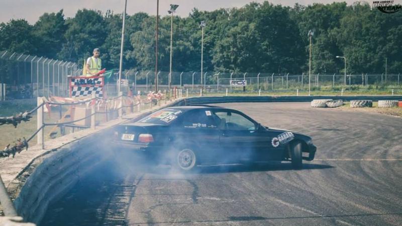 Lietuviai kviečia į BMW drifto varžybas Anglijoje