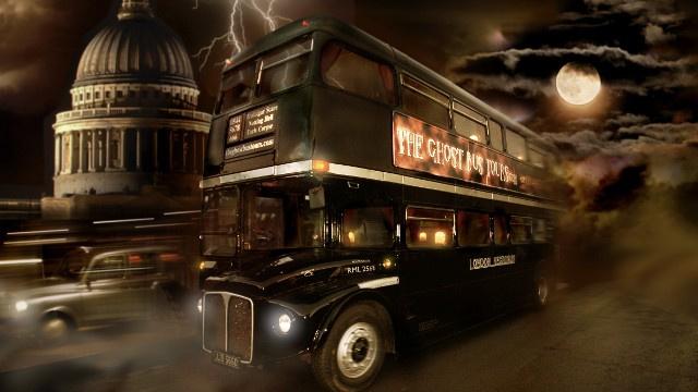 Pasivažinėjimas autobusu-vaiduokliu Londone [VIDEO]