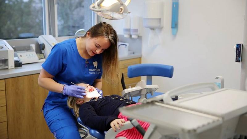 Trys priežastys, priversiančios suabejoti ar verta grįžti taisytis dantų į Lietuvą