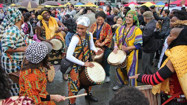 Afrikietiška šventė Trafalgaro aikštėje