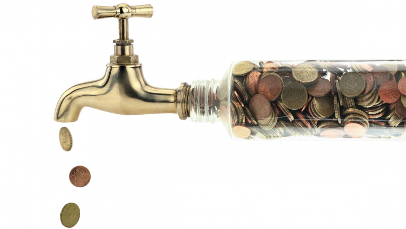 Nuo balandžio JK didės sąskaitos už vandenį ir energiją