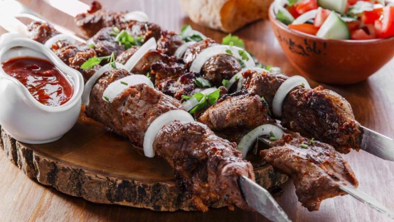 """""""Asorti Foods"""" Londone: sutaupys laiko, skaniai pamaitins ir per pietus, ir per šventes"""