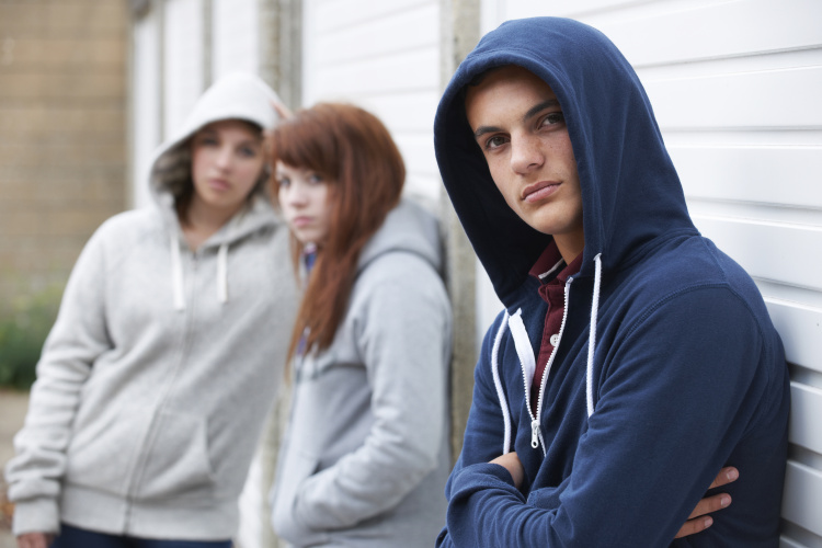 Ataskaita: 27000 vaikų Anglijoje – gaujų nariai