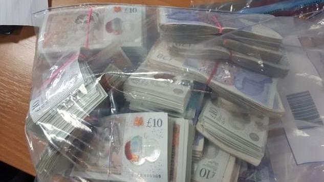 JK policija jau keturis mėnesius neranda rastų £20000 savininko