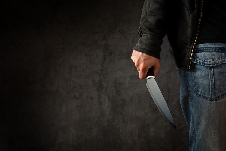 Oficiali statistika: išpuolių prieš paauglius panaudojant peilį skaičius JK išaugo 93 proc.