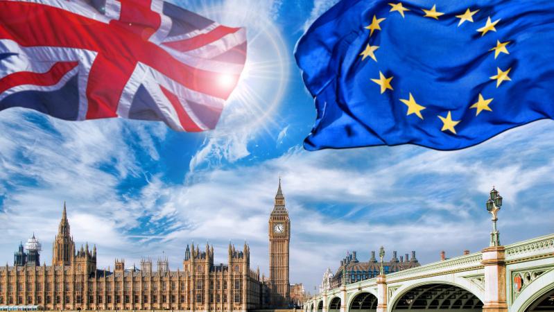 """JK parlamentas antradienį balsuos dėl Th. May """"Brexit"""" susitarimo"""