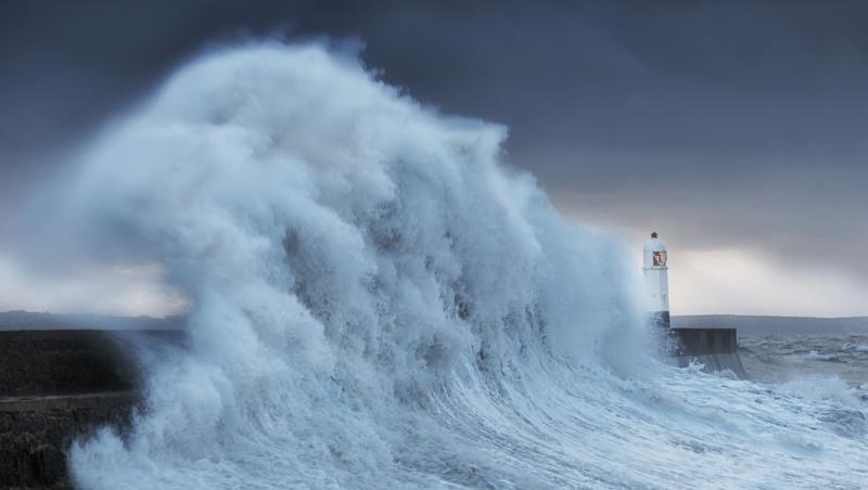 "JK laukiama ""oro bomba"" vadinamos audros Garethas"