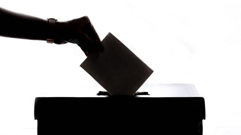 """Dėl užstrigusio """"Brexit"""" britams gali tekti dalyvauti Europos Parlamento rinkimuose"""