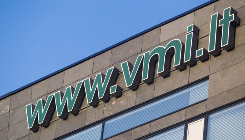 VMI įspėja tautiečius užsienyje: prašymams užpildyti liko savaitė