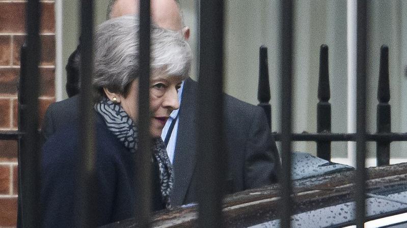"""JK premjerė Th. May vyksta į Vokietiją ir Prancūziją prašyti atidėti """"Brexit"""""""