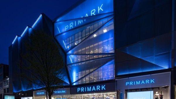 """Birmingeme atidaroma didžiausia pasaulyje """"Primark"""" parduotuvė"""