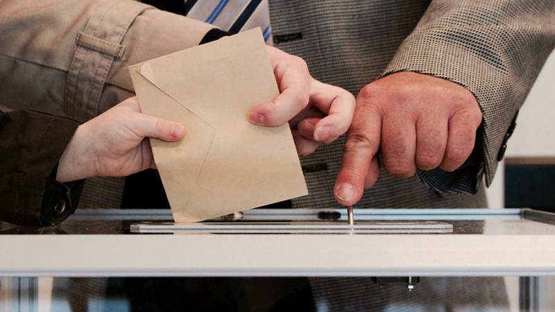 Informacija JK lietuviams norintiems balsuoti rinkimuose bei referendume