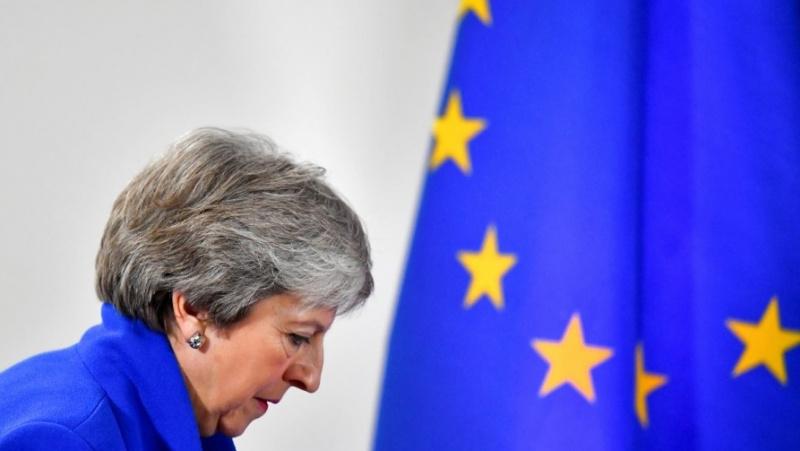 JK premjerė Th. May atsistatydins birželio 7 d.