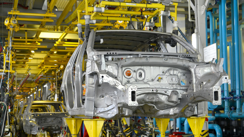 "Dėl ""Brexit"" automobilių gamyba JK smuko 45 proc."