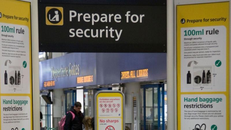 Nauji skeneriai Londono Heathrow oro uoste gerokai palengvins reikalus keleiviams