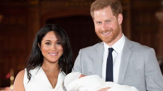 Karališkieji finansai: už princo Harry ir žmonos kotedžo remontą mokesčių mokėtojai sumokėjo £2,4 mln.