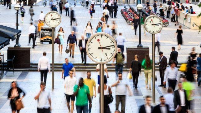 Oficiali statistika: JK tarp etninių grupių daugiausia uždirba kinai
