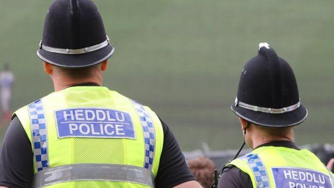 Velso policija skelbia išardžiusi lietuvių gaują