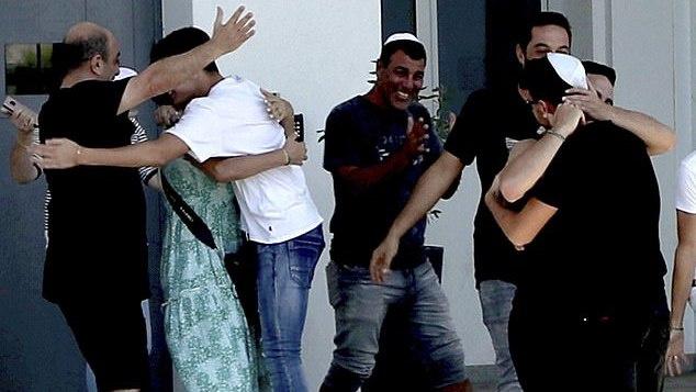 Skandalo Kipre tęsinys: grupiniu išžaginimu izraeliečius kaltinusi britė ... suimta