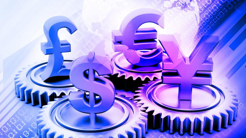 Svaro kursas euro atžvilgiu smuko iki žemiausio lygio per 10 metų