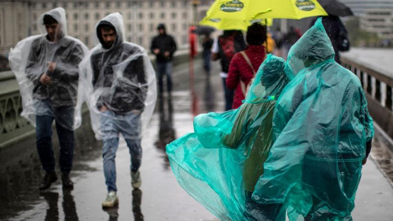 Penktadienį JK laukiama beveik mėnesio lietaus normos